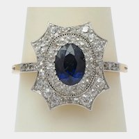 Antique Diamond Sapphire ring 18 k yellow gold Platinum circa 1910