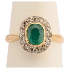 Natural Fancy Champagne Color Diamonds and Emerald engagement ring 18 k yellow gold circa 1890