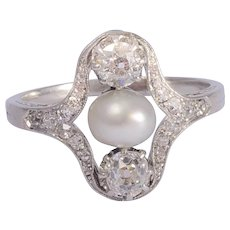 Antique Belle Epoque ring diamond pearl Platinum circa 1910