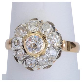 2.12 cwt sparkling old European cut diamonds ring 18 karat yellow gold circa 1910