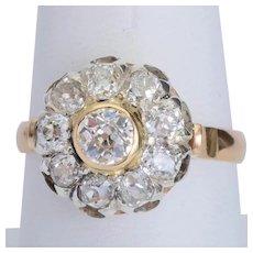 Sparkling 2.12 cwt old European cut diamonds ring 18 karat yellow gold circa 1910