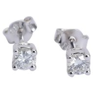 Sparkling 0.40 cwt diamond G/VVS stud earrings 18 karat white gold