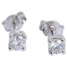 Sparkling 0.40 cwt diamond G/VVS stud earrings 18 karat white gold