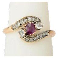 Antique ring Art Nouveau / Victorian cross over rose-cut diamonds garnet ring circa 1890-1900 s