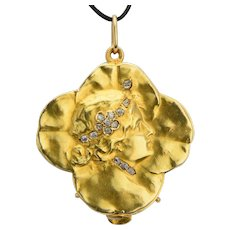 Art Nouveau pendant/locket diamonds lucky four clover leaves 18 karat yellow gold circa 1895 s