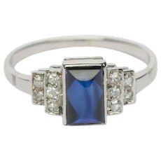 Art Deco ring diamond and sugar leaf sapphire 18 k white gold circa 1920 s
