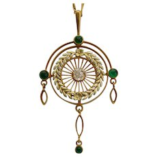 Elegant antique diamond emeralds necklace 14 karat yellow gold Victorian circa 1890