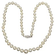 Bridal Art Deco Akoya cultured pearls necklace diamond clasp circa 1930