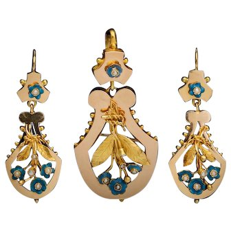 Antique Victorian suite earrings and pendant enamel pearls 18 k yellow gold circa 1870
