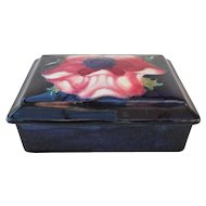Beautiful Classic William Moorcroft Signed Anemone Cobalt Covered Box
