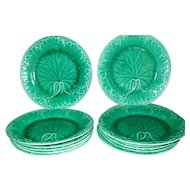 Rare Set of 12 Wedgwood Antique Green Leaf and Basketweave Majolica Plates
