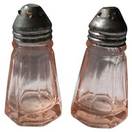 Anchor Hocking Pink Depression Glass Colonial Salt Shakers