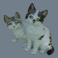 Exquisite Hutschenreuther MH Fritz Two Curious Sitting Cats Figurine