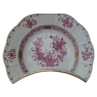 Herend Porcelain Chinese Bouquet Basketweave Apponyi Crescent Salad Bone Dish