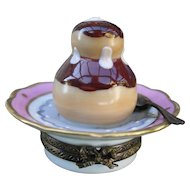 Vintage La Gloriette HP Limoges Chocolate Dessert Pill Box