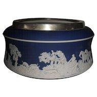 Stunning Vintage Adams Tunstall Blue Dip Jasperware Pioneer Hunt Scene Salad Bowl