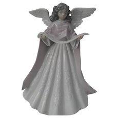 Lladro Figurine Angel Tree Topper Pink with Music Scroll #5831 Original Box