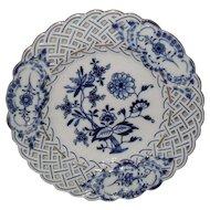 "Meissen Blue Onion Gold Reticulated Dessert Plate 8"""