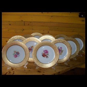 12 Hutschenreuther Royal Bavarian Gold Encrusted Floral Dinner Plates