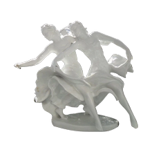 Figurines Porcelain & Pottery