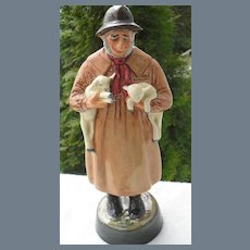 Royal Doulton 'Lambing Time' HN 1890 Figurine