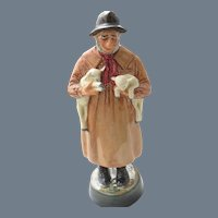 Royal Doulton 'Lambing Time' HN 1890 Figurine
