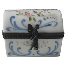 Vintage Signed Fontaine Bleau Porcelain Pill Box