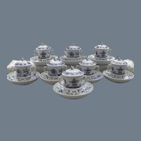 Very Rare Meissen Blue Onion Trembleuses Cups and Saucers (8)