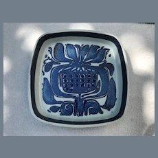 Royal Copenhagen Faience Square Plate 429/2883 Kari Christensen