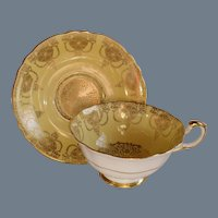 Paragon Yellow Heavy Gold  Quatrefoil Teacup/Saucer