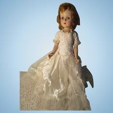Vintage Sweet Sue Walker Doll In Beautiful Wedding Dress