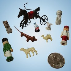 Assorted Items For Your Miniature Doll House.