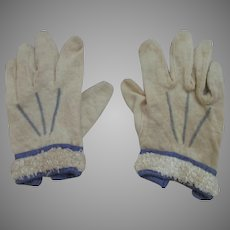 Antique Wool Baby Or Doll Gloves