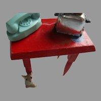 Vintage Miniature Doll House Items.