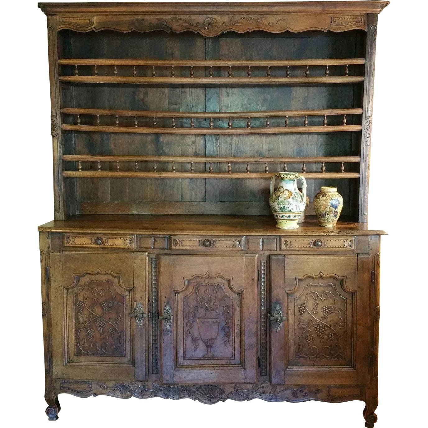 18th century carved french vaisselier hutch lamont antiques ruby lane. Black Bedroom Furniture Sets. Home Design Ideas