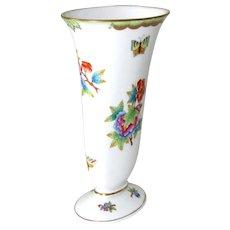 """Herend Vase Porcelain Victoria 7.5"""" H Vintage"""