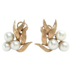 Earrings 14 Kt Yellow Gold Cultured Pearls Clip. Vintage