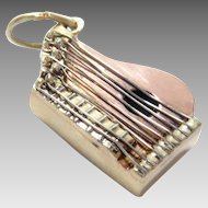 Vintage Charm 14K Gold Zither Pink Yellow White