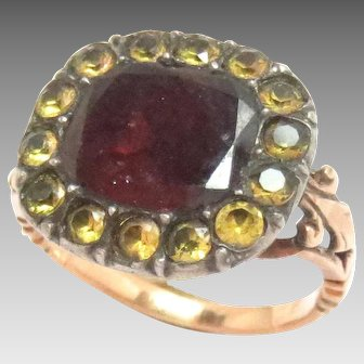 Early Georgian Ring 15 Kt Rose Gold Garnet Paste mid 18th cent.