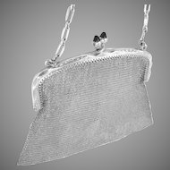 Silver Mesh Bag Purse Chased Frame Sapphire Clasp Vintage 68.3 G