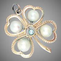 """Pendant 14 Kt Yellow Gold Clover Pearl Vintage 1.25"""""""