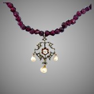 Edwardian Pendant Natural Pearl Diamond Clasp Garnet Bead Necklace