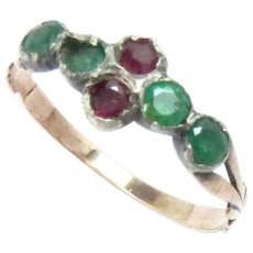 Georgian Ring 14 Kt Rose Gold Ruby Emerald Early 19th cent.