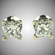 Pair of 1 ct Diamond Princess Cut Stud Earring