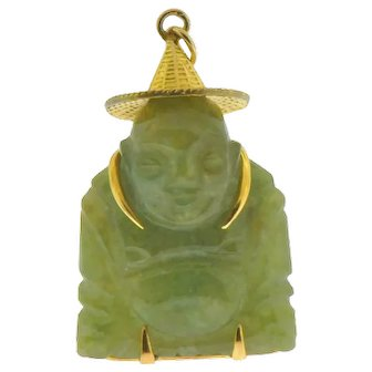 Vintage Jade Budha Pendant Statue in 14 kt Gold