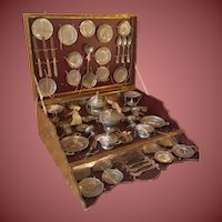 Great Early french Dishes metall in all original box(1865)