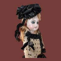 Tiny jumeau fashion doll 11 inches