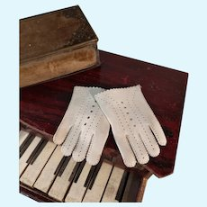 French doll gloves for bebes