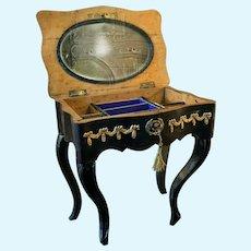 Rar french beauty table