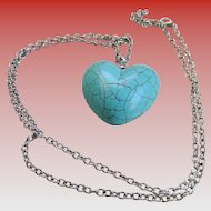 Collectible Imitation Turquoise/Heart Pendant and Chain